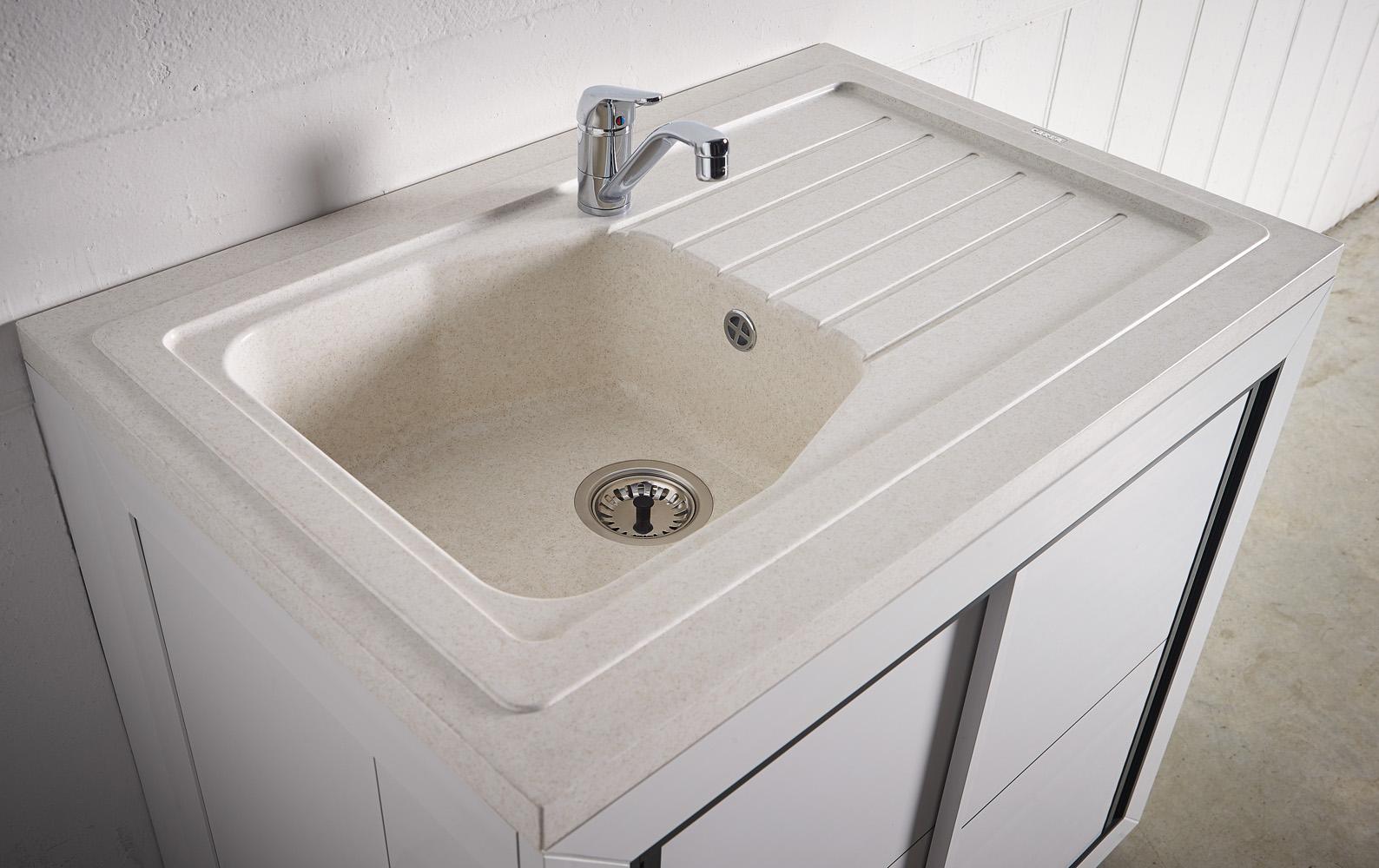 carea sanitaire vend e normandie meuble pvc carea. Black Bedroom Furniture Sets. Home Design Ideas